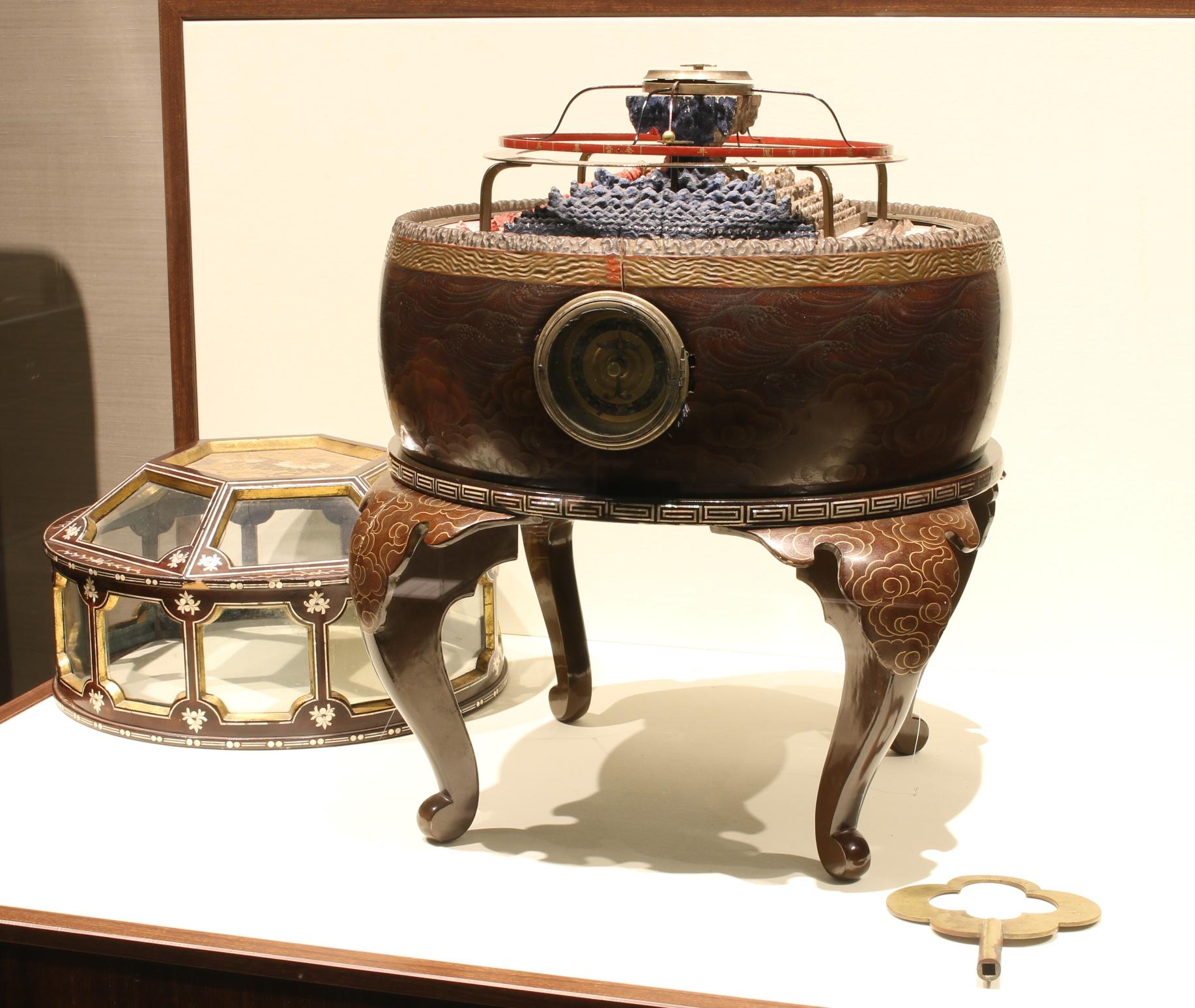 セイコーミュージアム銀座展示 須弥山儀